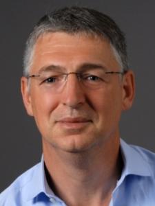 Profilbild von Roland Loeser Consultant Finanzrisiken und Operationale Risiken aus Wuerzburg