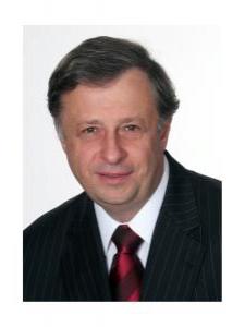 Profilbild von Roland Mueller Dipl.-Ing. Maschienenbau (TU) aus Berg
