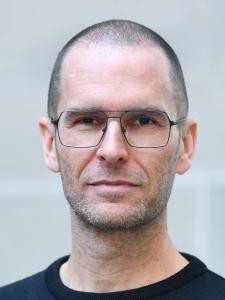 Profilbild von Roland Weiss Full Stack Software Architekt / Engineer (Java, Angular, Ionic, Meteor) aus Bern