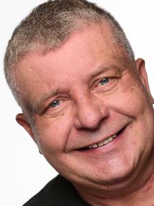 Profilbild von Romuald Gackowski Cobol- DB2- Hostentwickler aus Wolfsburg