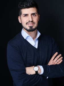 Profilbild von Sadyk Akhzarati Social Media Experte aus Duesseldorf