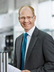 Profilbild von Stefan Paul CEO | CFO | Werkleiter  Automotive | Europa USA Lateinamerika aus BietigheimBissingen