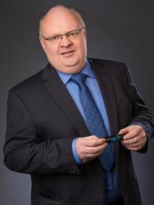 Profilbild von Thomas Abler Agiler Coach zur Einführung und Skalierung agiler Methoden wie z.B. Scrum, Kanban, SAFe aus Leonberg