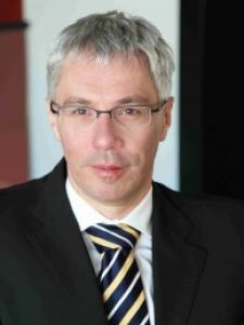 Profilbild von Thomas Luecke Projektleiter Interim Manager Programm Manager für IT Rechenzentrum, Transition, Telekommunikation aus Koblenz