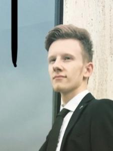 Profilbild von Tom Klein Full-Stack Developer & Cloud Engineer aus Duesseldorf