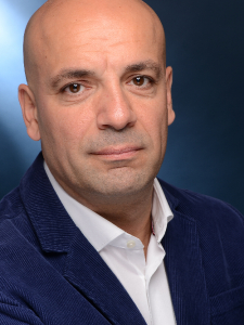 Profilbild von Tugsan Soehret IT Project Manager, ITIL Specialist, DevOps Engineer aus Boeblingen