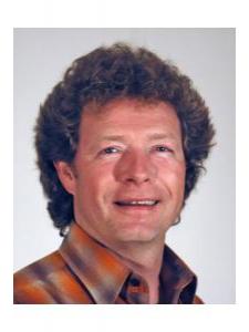 Profilbild von Uwe Spitzenberger Projektleiter mit langjähriger Erfahrung im Aufbau und Betrieb von IT-Infrastruktur aus Hannover