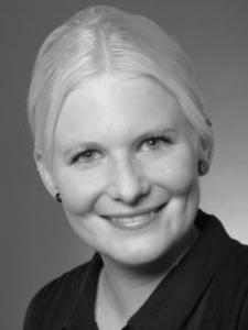 Profilbild von Verena Kantmann Texterin Lektorin Übersetzerin Ghostwriting Recherche Datenerfassung Homeoffice aus NeuUlm