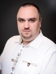 Profilbild von Viaceslav Kolas Software Testing, Webentwicklung, IT-Consulting, Geschäftsführung, Darlehensvermittlung aus Muenchen