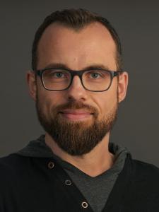 Profilbild von Anonymes Profil, IT Berater & Software Engineer