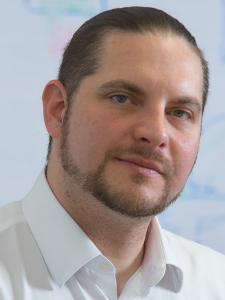 Profilbild von Anonymes Profil, Systemarchitekt und IT-Projektleiter