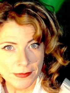 Profilbild von Anonymes Profil, Filmemacherin Imagefilme Dreh und Schnitt TV-Redakteurin, Autorin, VJane, Übersetzerin