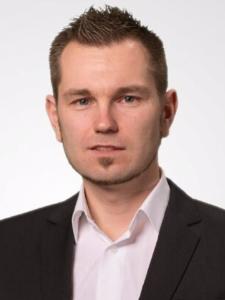 Profilbild von Anonymes Profil, Senior Full-Stack Web-Engineer/Architect mit internationaler Projektleitungs-Erfahrung, CTO