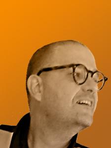Profilbild von manfred spiller User Interface/User Experience Designer, Lecturer, Graphic Designer aus langen